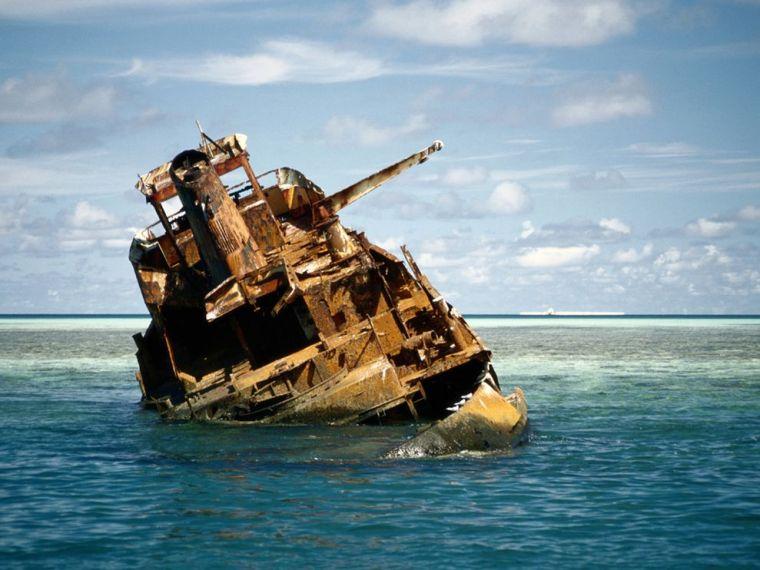 shipwreck-tubbataha-henry_18508_600x450
